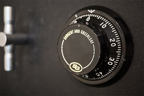 image of a mechanical safe combination dial